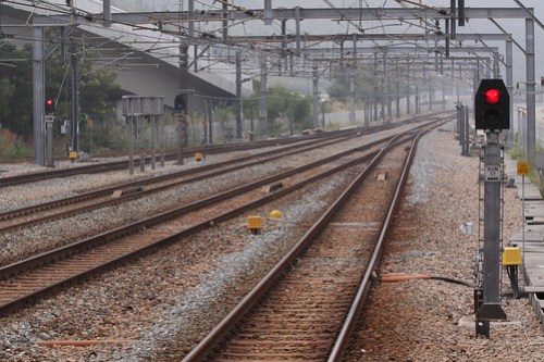 Signals at the Tung Chung end of Sunny Bay station