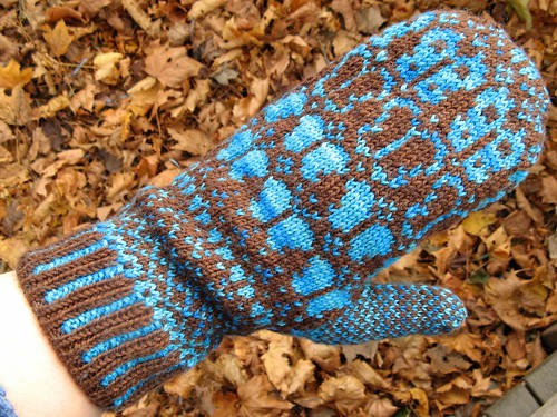 1259 Butterfly Mitten (with liner)