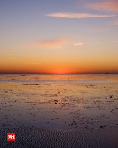 D80-CHI_LakeSunrise03-2011_01-03B