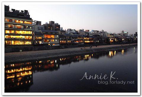 京都鴨川 開燈