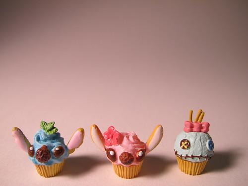 6: Stitch Cupcakes