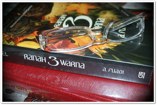 book, ranah 3 warna