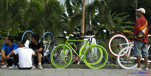 komunitas sepeda pixie