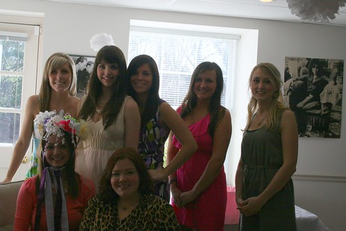 Jenn and the bridal party