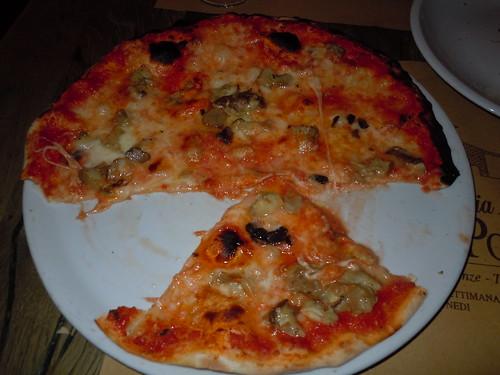 Antica Porta Tartufo Nero Pizza