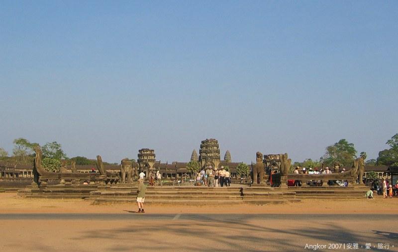 柬埔寨 吳哥窟 │ 小吳哥寺(Angkor Wat)的絕代風華(一)