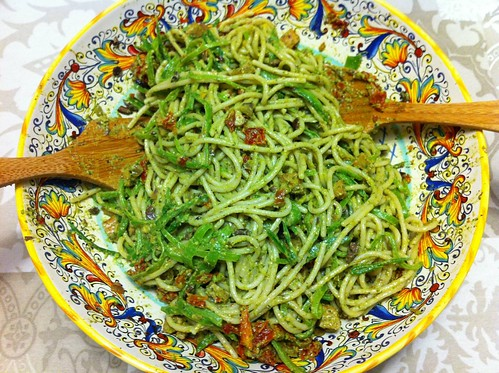 Gluten-free Pesto Linguine with Snow Peas and Sun-Dried Tomatoes