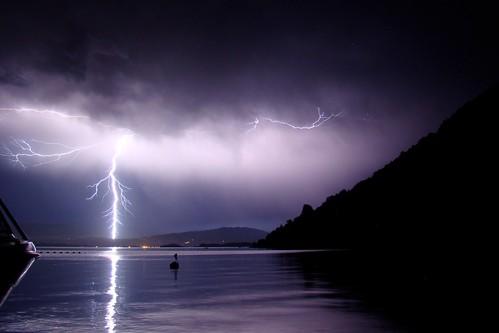 Tormenta eléctrica en Lago Calafquén, Chile