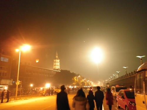 Pagoda, fireworks and walk along Yangtze river