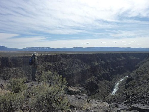 NM, Rio Grande Gorge Bridge 18 - Dave on ledge & river