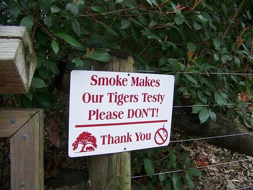 Cameron Park Zoo no smoking sign