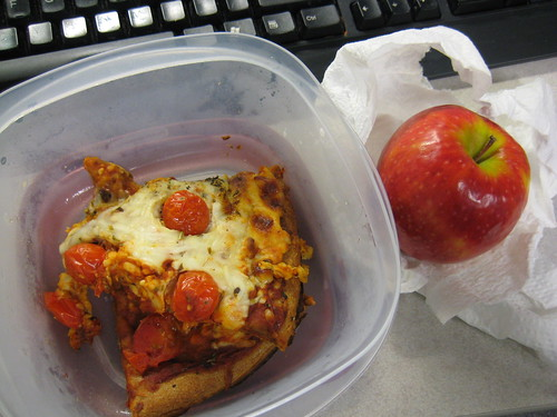 pizza, pink lady apple