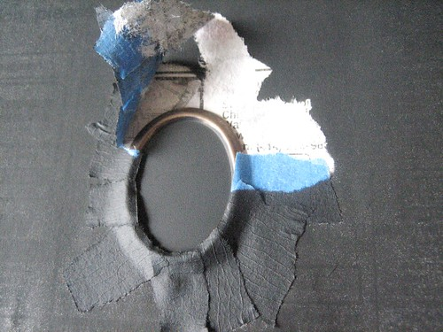 chalkboard necklace diy - removing the painters tape