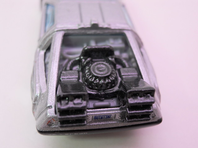 hot wheels back to the future time machine (4)