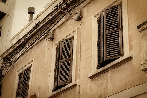 Shutters-St-Julians