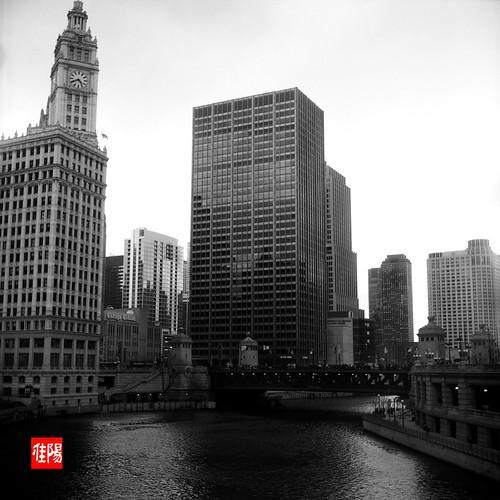 ArgusAF40 CHI Acros100 ChicagoRiverE01B