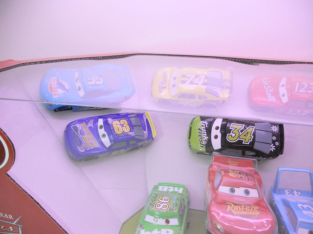 disney cars disney store racer v1 10 car set (2)