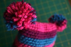 handmade52.15 pom pom hat for thea!