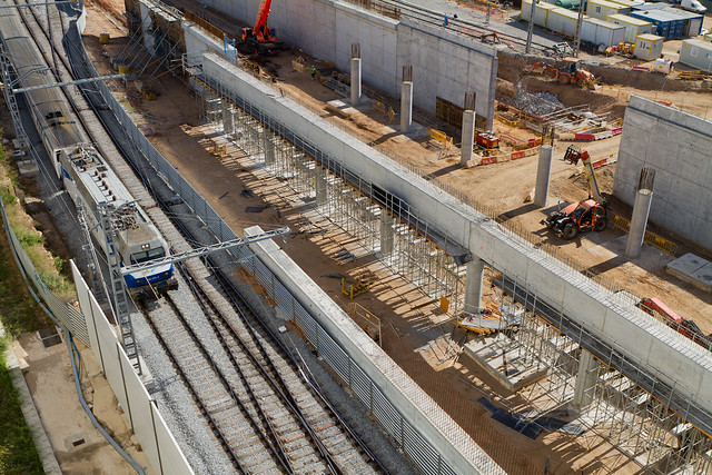 Estación de Sant Andreu - Detalle de la marquesina hormigoneada - 24-05-11