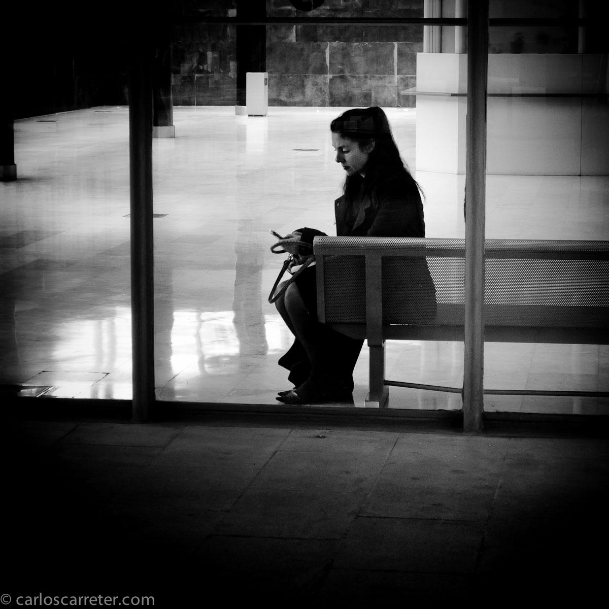 Esperando en la feria