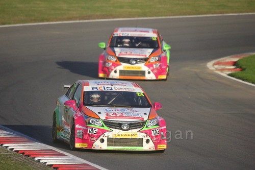 Jake Hill leads Mike Epps during the BTCC Brands Hatch Finale Weekend October 2016