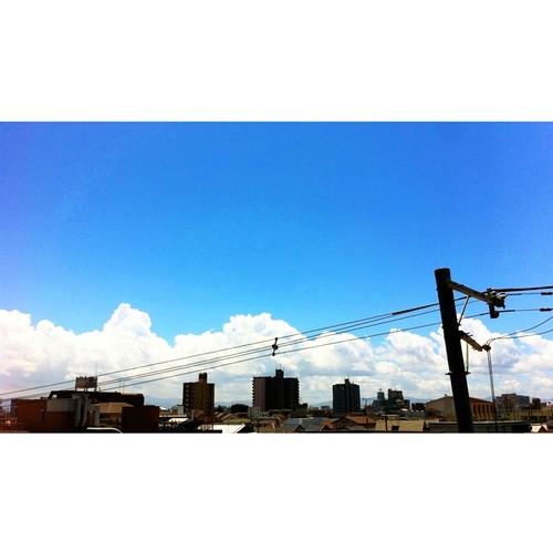 ベランダからの眺め。入道雲がモクモク!(^O^☆♪ #sky