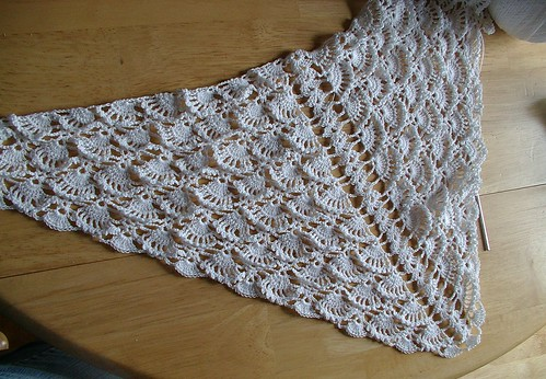 snow queen shawl in progrss