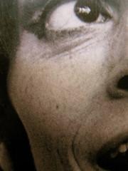 Franca Valeri, Bugiarda no, reticente, Einaudi 2010; [responsabilità grafiche non indicate], alla cop.: [ritr. fotog. b/n dell'autrice] PhotoserviceElecta / Mondadori Vintage Collection, cop. (part.), 5