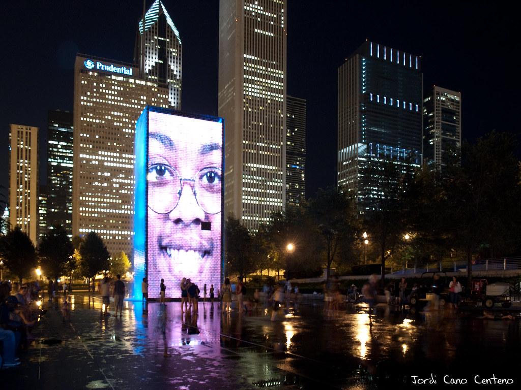 Crown Fontain, Milenium Park, Chicago. Nocturna 02
