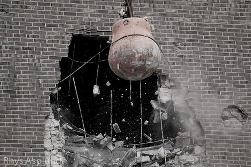 Philadelphia Spectrum demolition: Smashing!