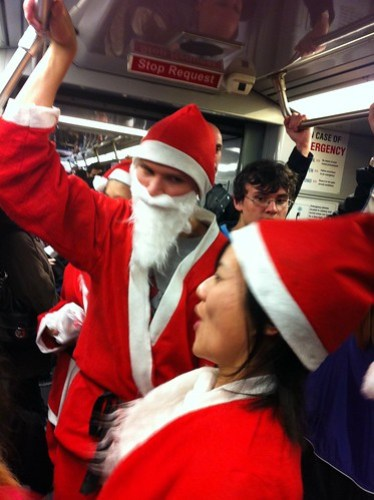 Ho ho ho on muni #sfsanta #SantaCon