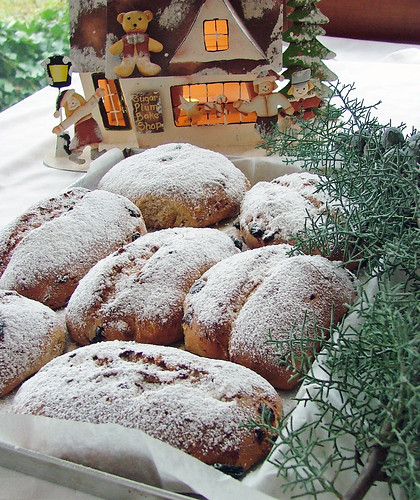 kleine Früchtestollen - small fruit stollen - piccoli stollen di frutta