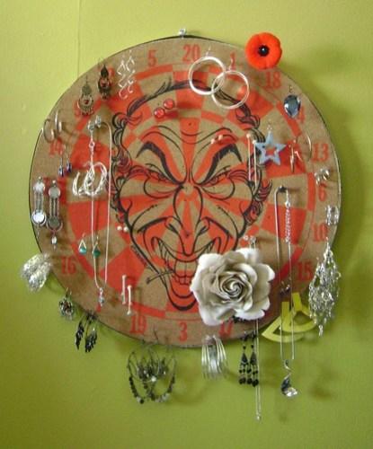 Trudeau Dartboard Jewelry Organizer