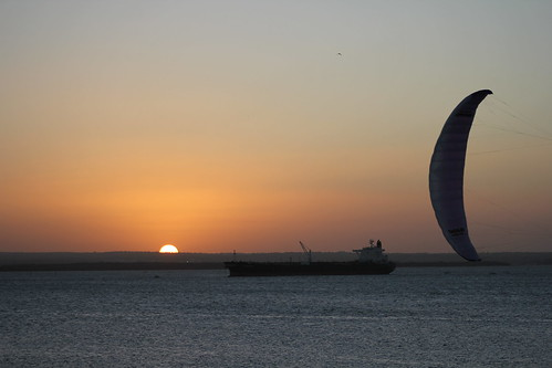 2011-01-29 Kite Ship and Sun
