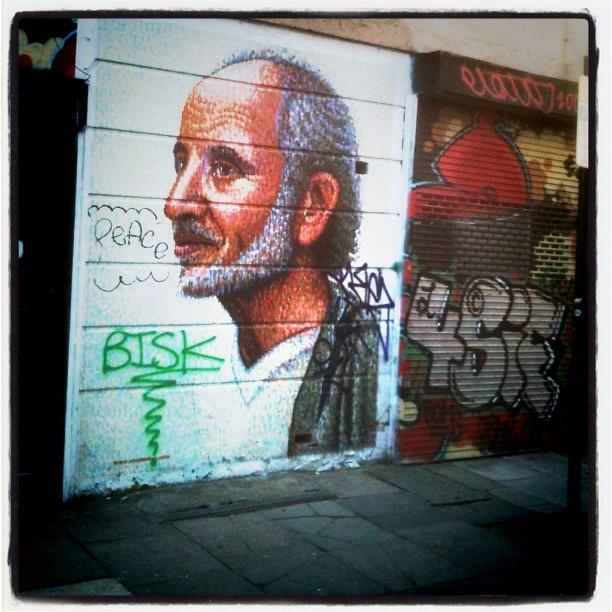 graffiti off brick lane east london