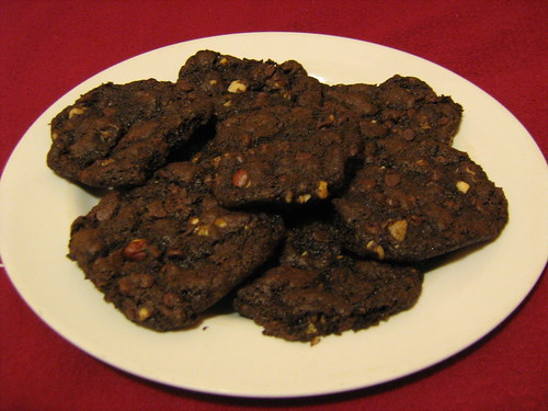 chocolate chocolate chip and walnut cookies