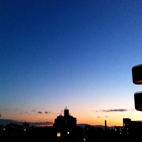 おはよ!今朝の大阪、快晴です。