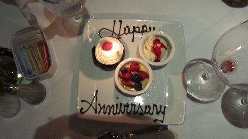 Happy 9 year wedding anniversary to us.