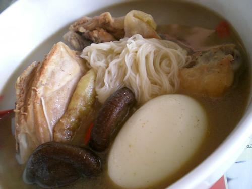 Foochow longevity noodles