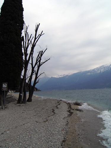 spiaggia porto tignale