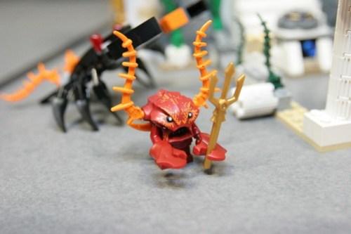 LEGO Toy Fair 2011 - Atlantis - 7985 City of Atlantis - 02