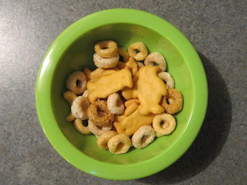 Cheerios & Cheese Penguins