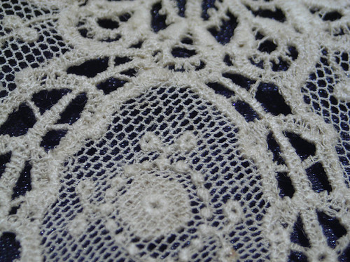 Vinatge lace 1