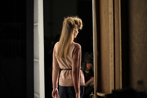 RACHEL COMEY FALL 2011- BACKSTAGE (34)