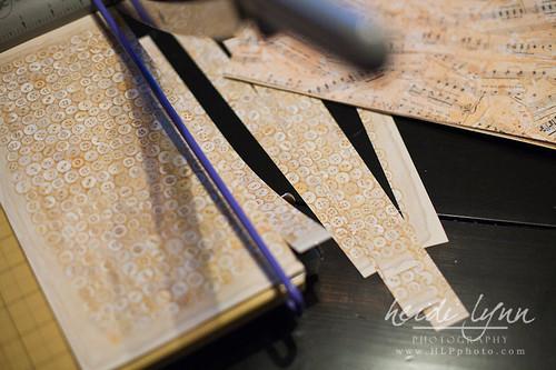 020411 paper heart garland 001