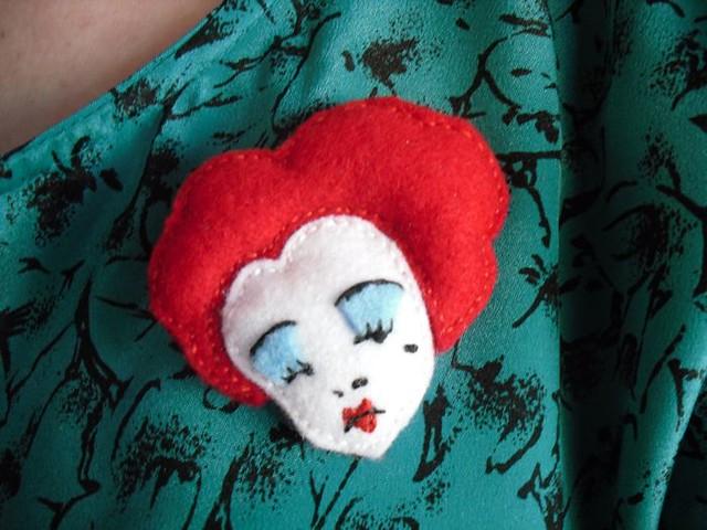 Queen of hearts badge