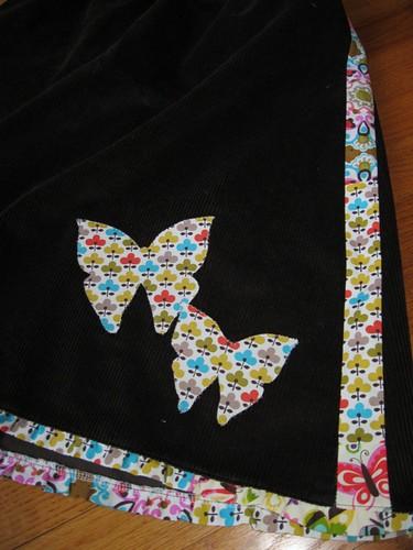 happy skirt close up