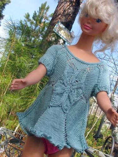 Test Knit:  Flower T-Shirt Seamless Front Modeled