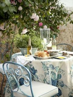 lindsay reid house beautiful romantic garden table