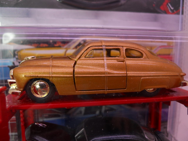 m2 auto lifts 1949 mercury chase (2)